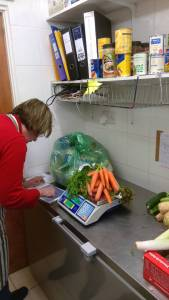 Behind the scenes: weighing produce